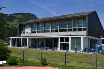 façade du centre de sports et loisirs de Charmey